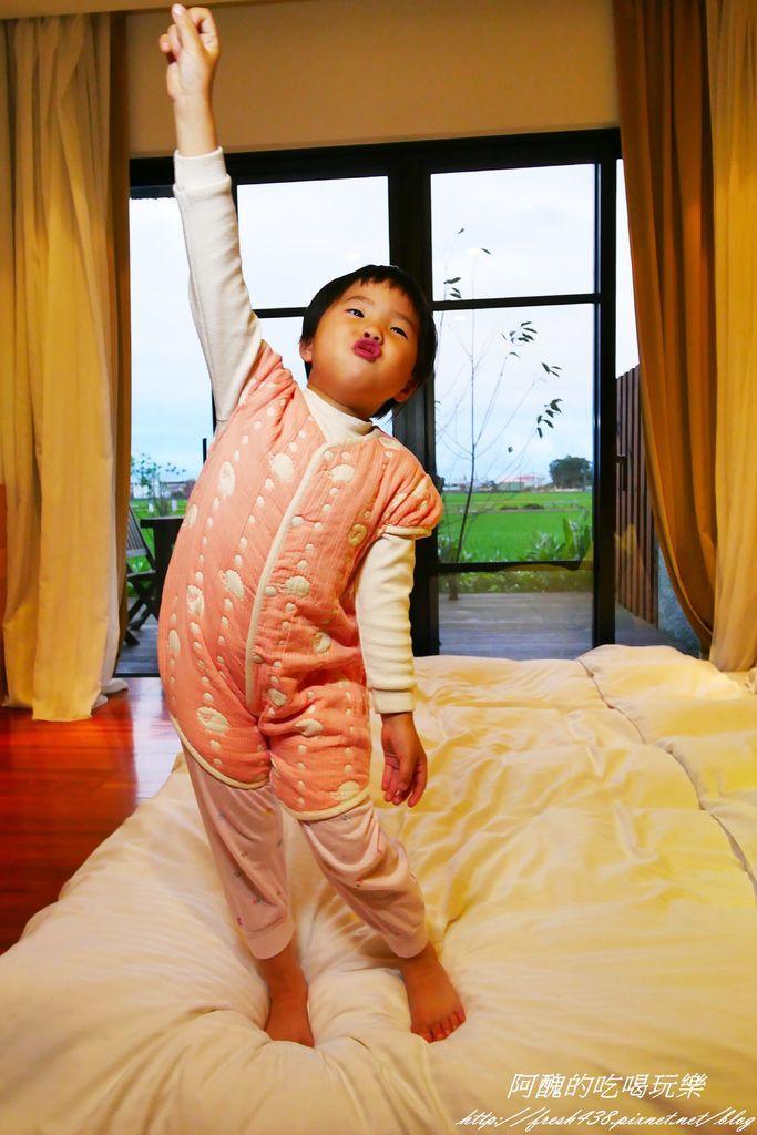 Hoppetta可愛動物六層紗成長型睡袍P1120081