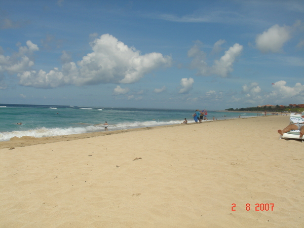 GRANT HYATT BALI的海灘