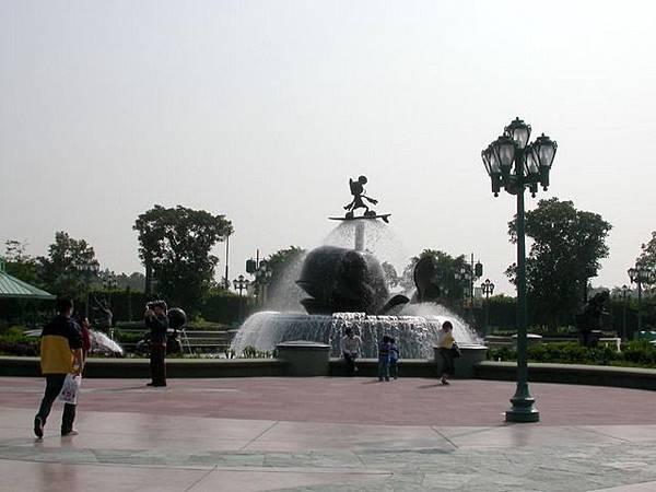 超可愛的卡通噴泉