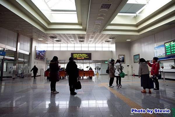 釜田火車站 2樓大廳