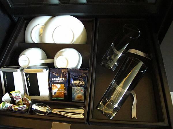 茶跟咖啡包也是免費的