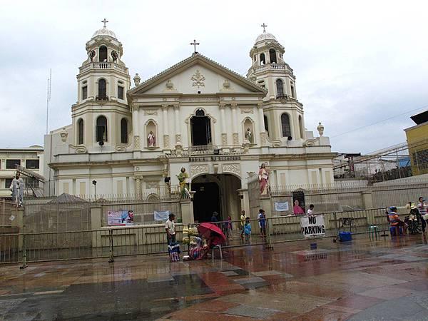 奎阿坡教堂QUIAPO CHURCH