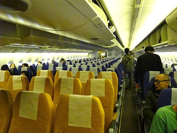 酷航經濟艙採3-4-3的座位設計