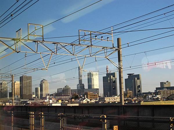 新幹線列車過了大宮站之後就開始一路狂飆了