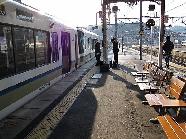 JR園部站