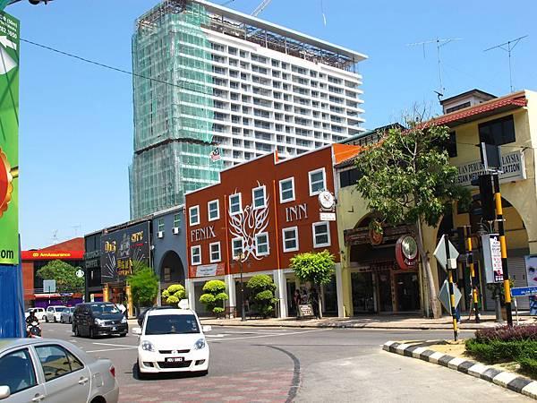 Fenix Inn位置就在馬六甲市區最熱鬧的商業區