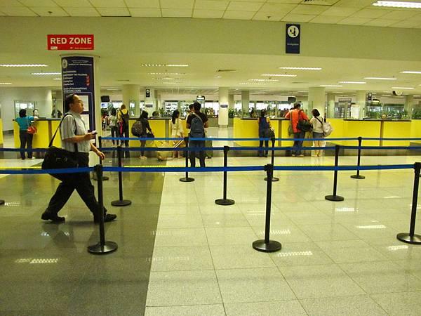 馬尼拉機場過境轉機