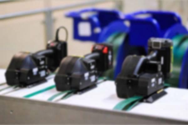 電池式打包機,充電式打包機,電動打包機,電動打帶機,電動捆包機,塑鋼帶打包機,塑帶打包機,PET打包機,電池式塑帶打包機,手提打包機,手提式打包機