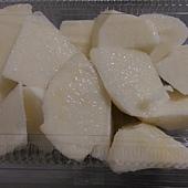 刺蜜薯切塊