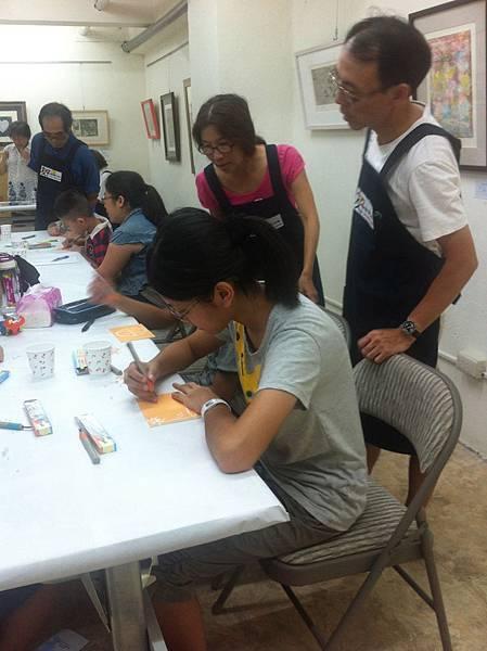 呂英志老師伉儷熱心教導