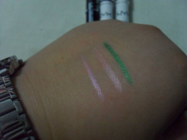 NYX Jumbo Eye Liners + L.A. colors Jumbo Eye Liner swatches w/o flash