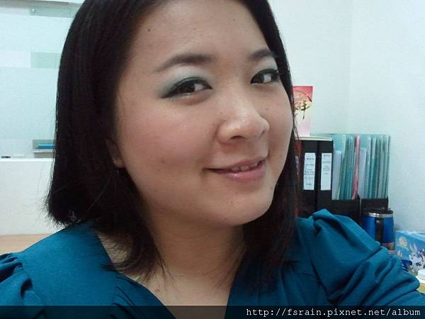 L.A. Colors Mineral Eyeshadow Duo -Tide Pool10