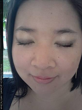 Office Week LOTD-22Mar12-AmuSe Big Fan Makeup Kit-Earth Tones-Daylight30