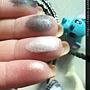 Rimmel Colour Rush Sparkling Gradation Eyes 001-Swatch2-intense on fingers