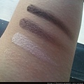 Rimmel Colour Rush Sparkling Gradation Eyes 001-Swatch3-wiped down on skin