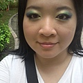 Summer Funk Makeup-27-OutdoorDaylight