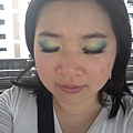 Summer Funk Makeup-32-OutdoorDaylight
