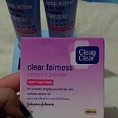 Clean & Clear-Clear Fairness Compact Powder-Natural-01