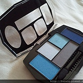 Daiso Diamond Eyeshadow & Eyebrow Palette-Blue-07