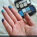 Daiso Diamond Eyeshadow & Eyebrow Palette-Blue-swatch-01