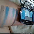 Daiso Diamond Eyeshadow & Eyebrow Palette-Blue-swatch-02