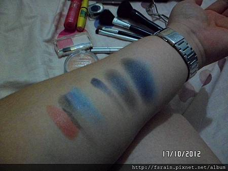 LOTD-Gradation Smokey Blues-Products Used-Swatch-02