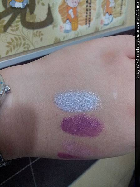 L.A. Colors Lipstick-Breathless Blue Swatch-01