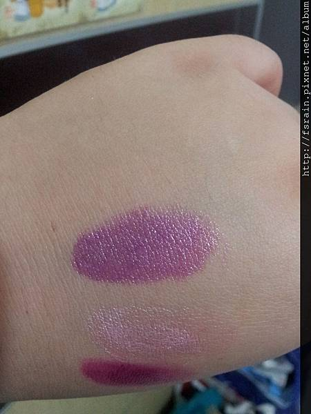 L.A. Colors Lipstick-Grape Crush Swatch-02