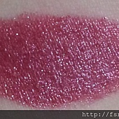 Maybelline ColorSensational Lipstick-415Plum-Tastic-Swatch-01