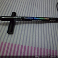 HolikaHolika-Jewel-Light Waterproof Eyeliner-02 Black Crystal-07