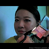 Daiso Makeup Challenge-Video1-Warm Earthy Eyes-Snapshot-blushshade.png