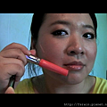 Daiso Makeup Challenge-Video1-Warm Earthy Eyes-Snapshot-lipcolor-b.png