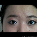 Daiso Makeup Challenge-Video1-Warm Earthy Eyes--Snapshot-primer done on both eyes and dried abit.png