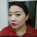 LOTD-Simple Eyes with Bright Red Lips-02.jpg