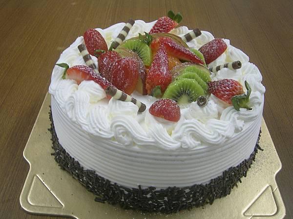 """8吋芋泥水果蛋糕  8''600 . 10""""800"""