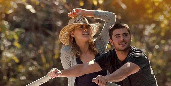 The-Lucky-One-Taylor-Schilling-and-Zac-Efron