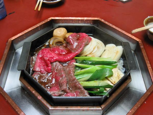 晚餐:三(山島)亭  壽喜燒