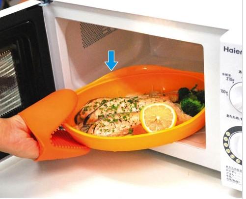 《輕鬆省時》微波用矽膠烤盤‧兩色一組 002.jpg