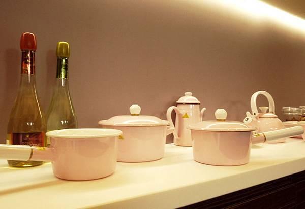 Sakura琺瑯粉紅鍋具2