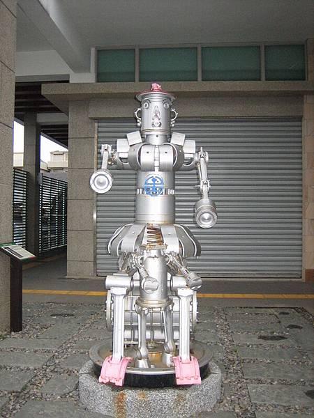 福隆車站旁的藝術機器人