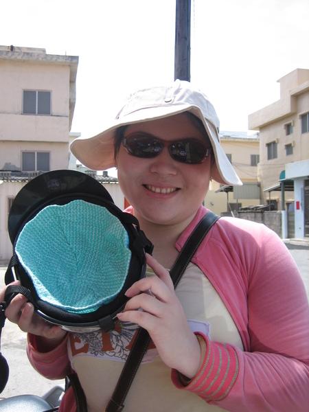 換上短褲、戴上帽子、太陽眼鏡出門玩囉!!