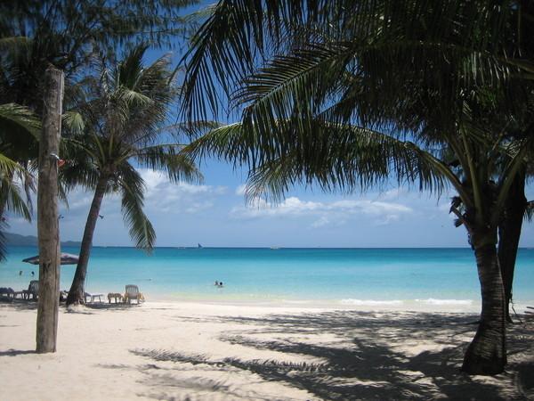 藍天、海洋、沙灘