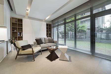 一樓客廳設計