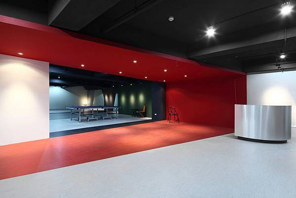 成舍中山 郭家如設計師、洪家同總監_天母西路桌球教室設計作品