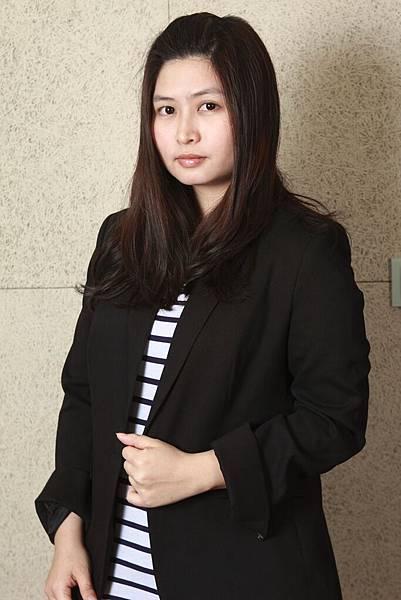 設計師謝碧鄉.JPG