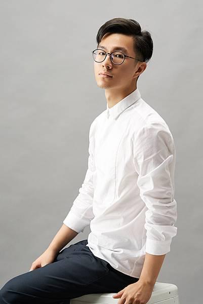 設計師 鄭亦翔.jpg