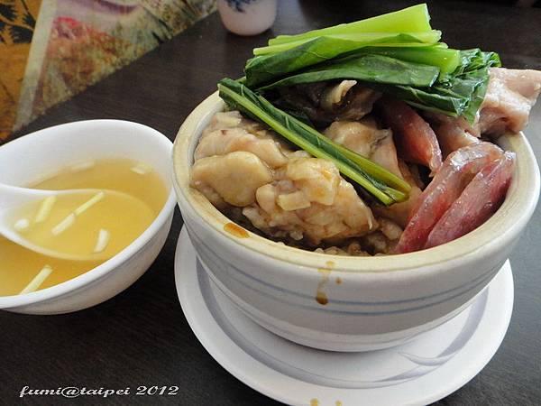 東區老友記粥麵館