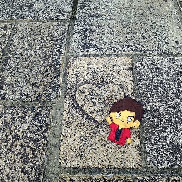 愛心石疊道
