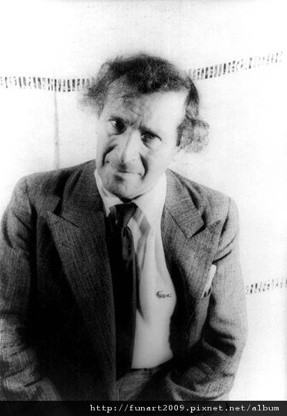 413px-Marc_Chagall_1941.jpg