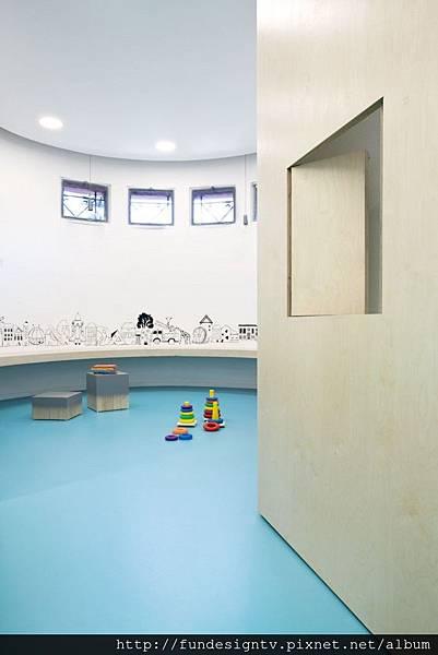 5_Nipiaki_Agogi_kindergarten_by_PROPLUSMA_ARKITEKTONES_athens_greece_photo_Nikos_Alexopoulos-683x1024.jpg